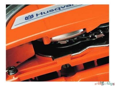 Регулируемый масляный насос обеспечивает регулировку количества подаваемой смазки цепи в соответствии с вашими потребностями